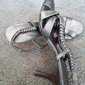 Covington Korsica gold slingback sandal size 6.5M